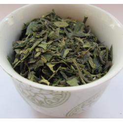 "Tasse Thé Lung Ching ou ""Puits du dragon""  - Thé vert LUNG CHING BIO - Compagnie Anglaise des Thés"